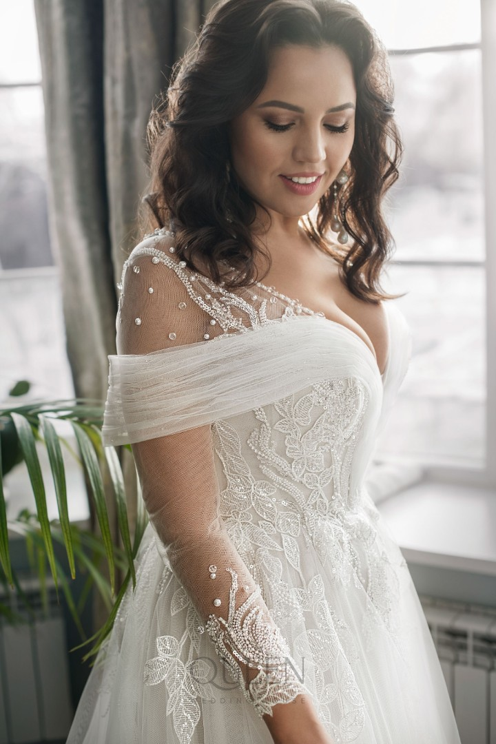 Wedding dress Bella