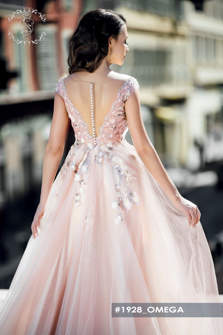 Wedding dress Omega