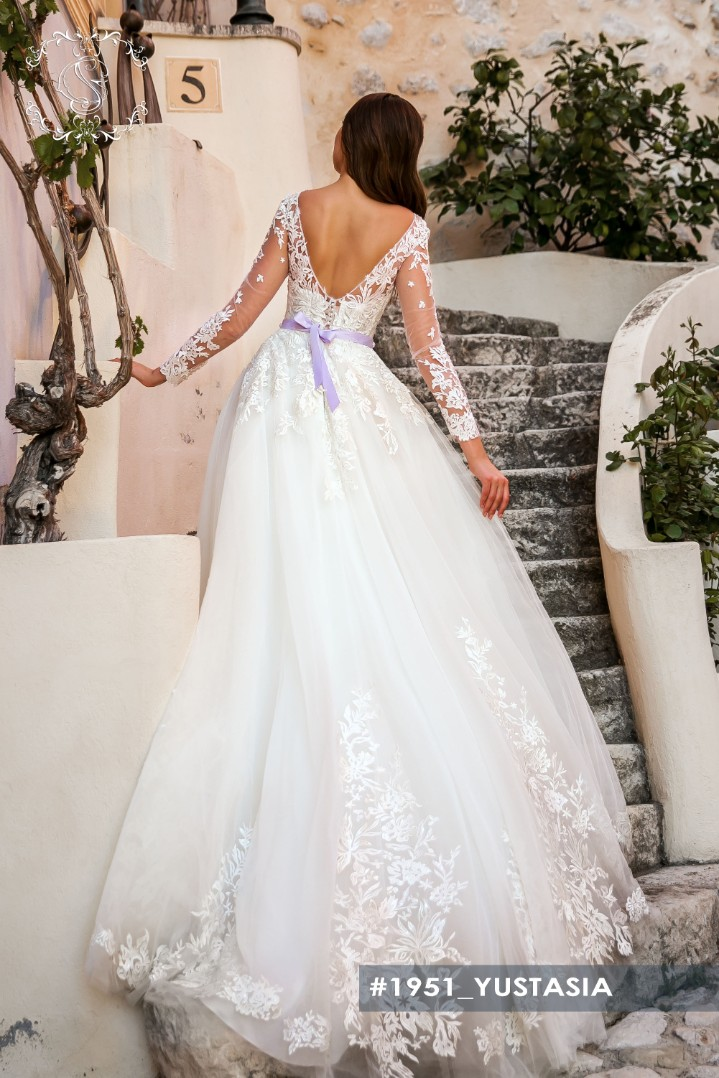 Wedding dress Yustasia