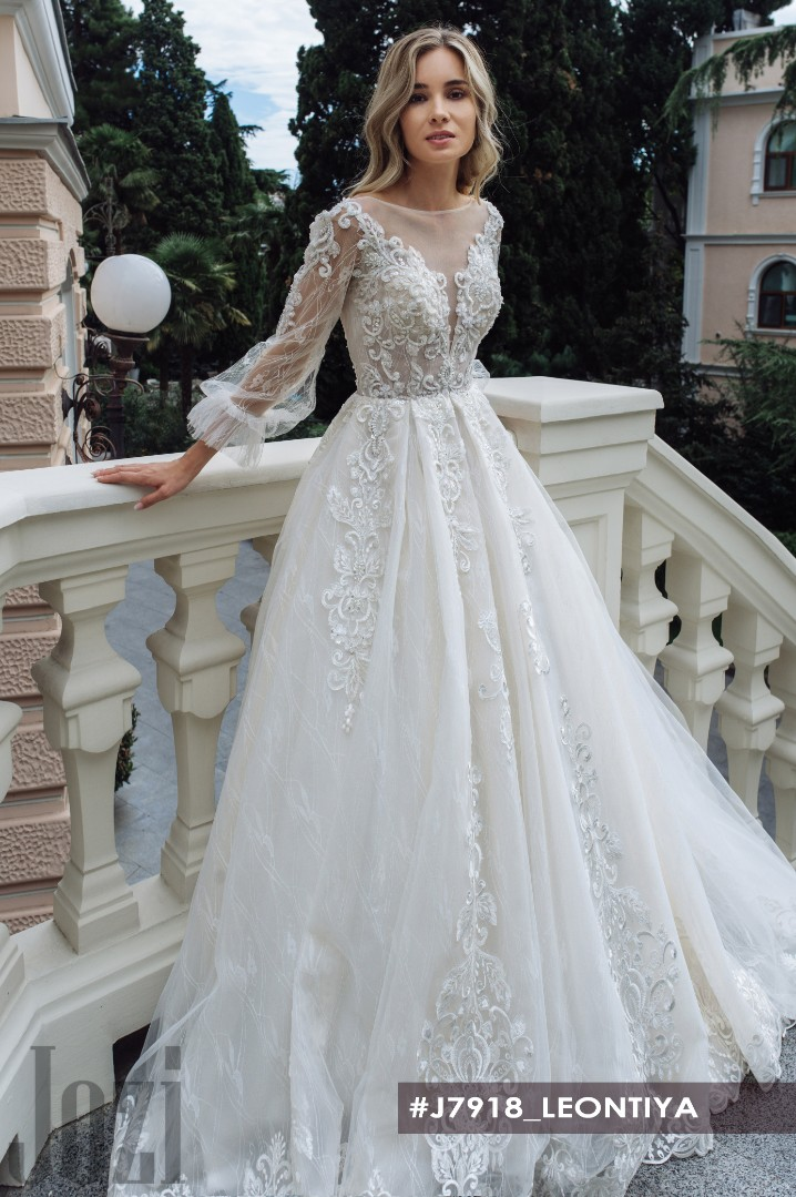 Wedding dress Leintiya