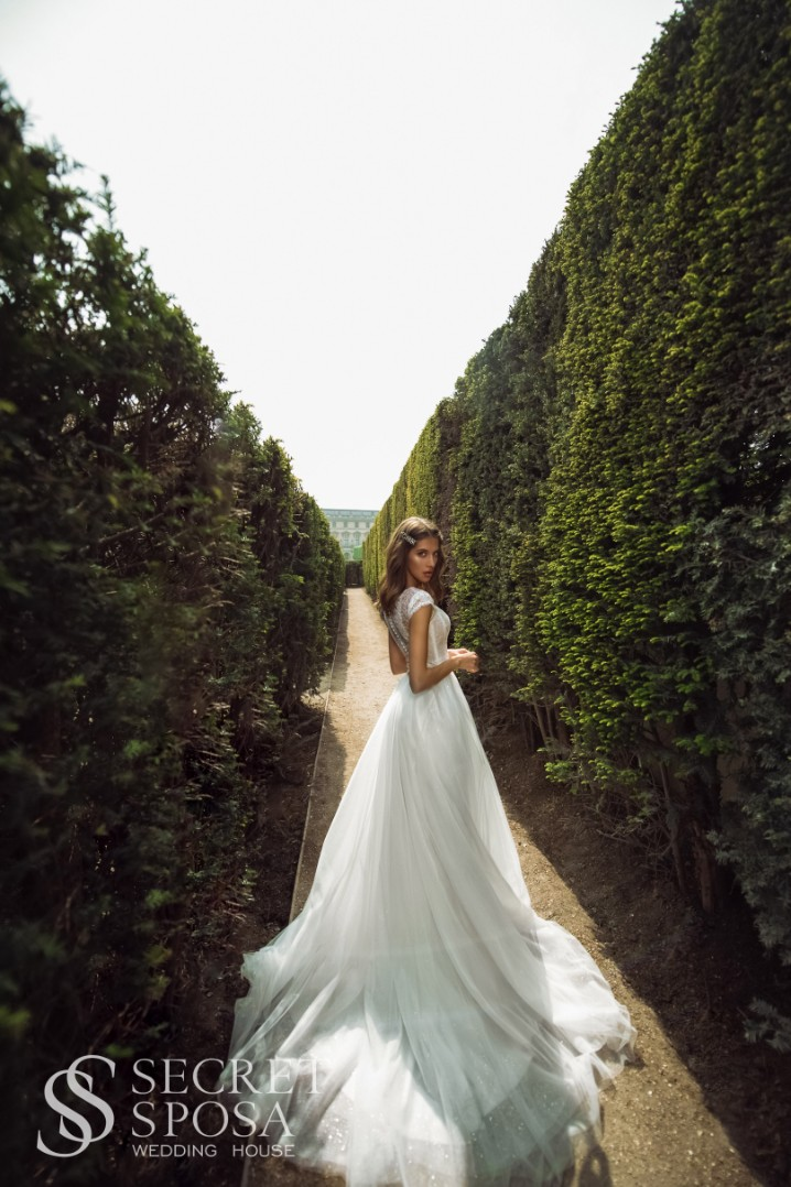 Wedding dress Medina