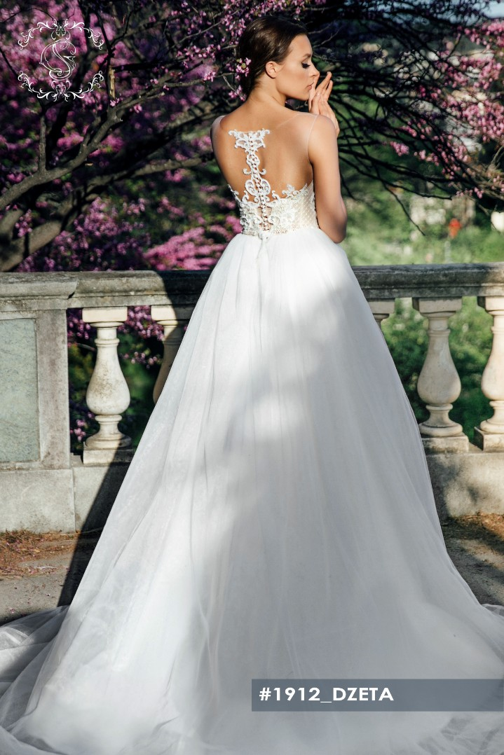 Wedding dress Dzeta